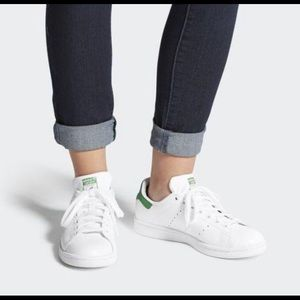 Adidas Stan Smith Classic white and green sneakers